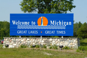 AJ7400 Welcome to Michigan Sign at State Border